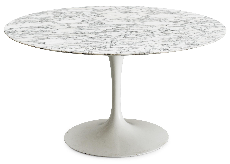 saarinen tulip high tables pyramide design. Black Bedroom Furniture Sets. Home Design Ideas